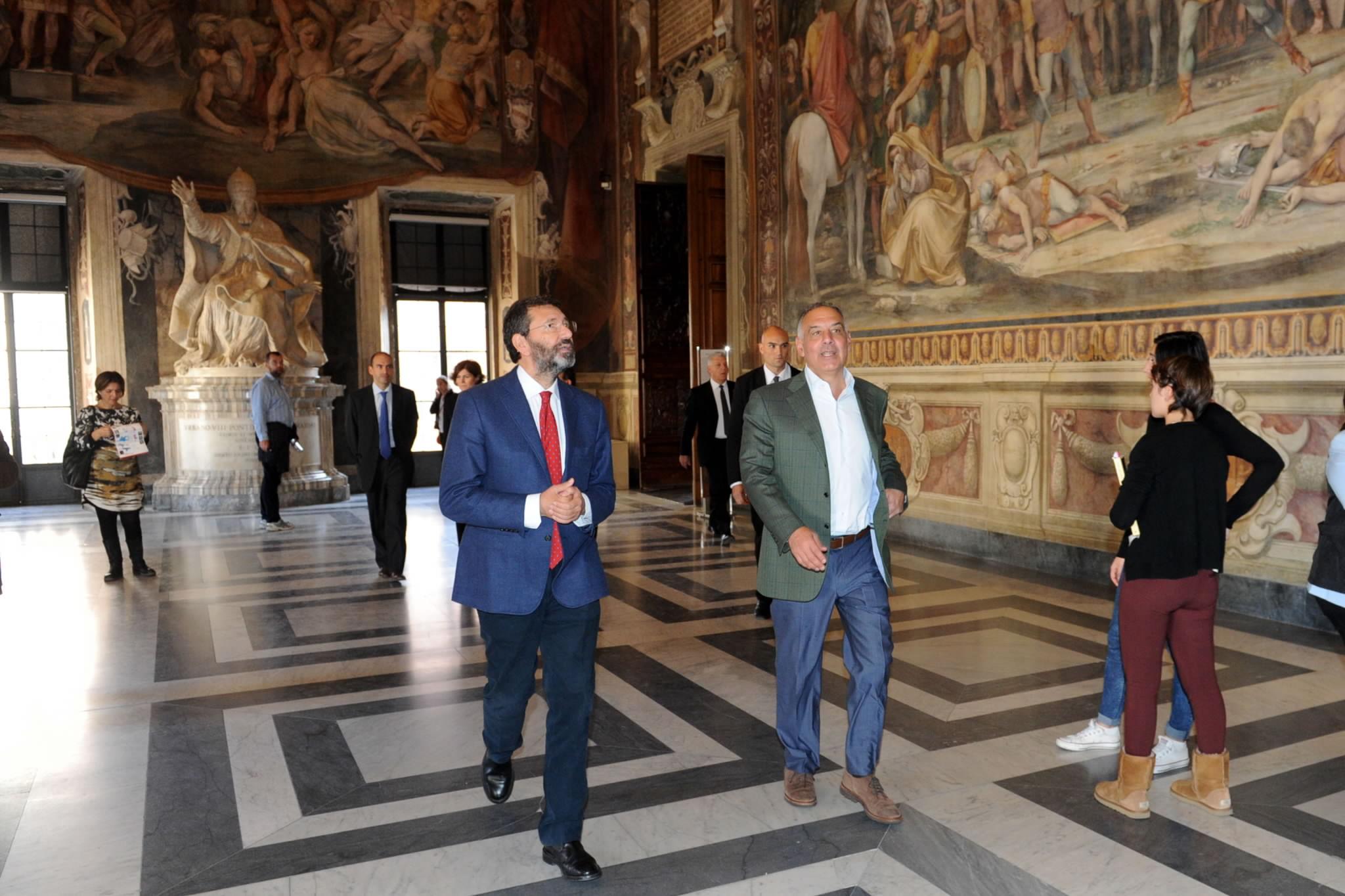 """Un pranzo in Campidoglio benedice lo stadio della Roma: """"Prima pietra nel 2015"""". E Pallott..."""
