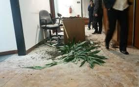 Blitz degli antagonisti nella sede del Pd: 44 indagati
