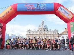 Corsa dei Santi, 7 mila in gara ma la vittoria è targata Marocco
