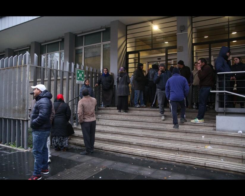 Mafia capitale, i lavoratori della cooperativa 29 Giugno occupano l'assessorato alle Politiche socia...