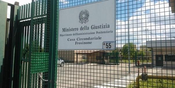 Carcere Frosinone, la denuncia choc del Sappe: