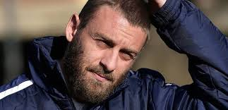 """Roma, De Rossi: """"La Juve parte favorita ma noi siamo i primi rivali"""""""