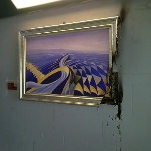 Musei in strada, l'arte arriva in periferia e vandali all'opera: danneggiate due opere