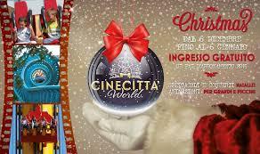 Cinecittà World, a Natale tra luci e colori: un invito per le feste