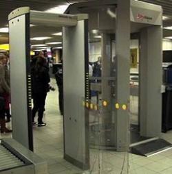 Sicurezza, all'aeroporto di Fiumicino arriva il body scanner
