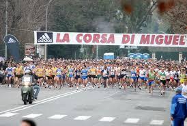 Corsa di Miguel, domenica in 7mila per ricordare il poeta-maratoneta