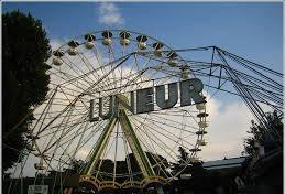 Torna la ruota panoramica, simbolo dello Skyline dell'Eur: apertura fra pochi mesi