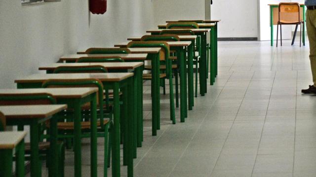 SCUOLA – Abbandoni record, in Italia lascia i banchi il triplo dei giovani iscritti nelle scuole del...