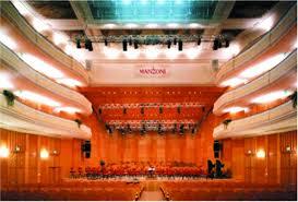 Teatro Manzoni a rischio: una bolletta pazza da 95mila euro mette in pericolo la programmazione