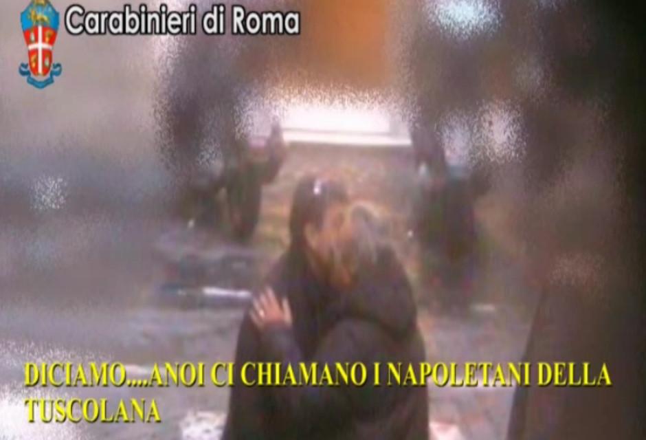 Le mani della Camorra sulla Capitale: 61 arresti, sequestrati bar e ristoranti. Sgominato il clan de...