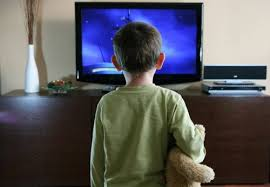 """Infanzia, Censis: """"Nel Lazio l'80% dei bambini soli davanti alla tv"""""""