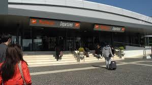 I migranti partono da Ciampino: tra loro molti bambini