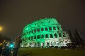 Colosseo in verde per la festa di San Patrizio