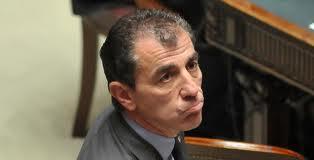 Milanese rinviato a giudizio per corruzione