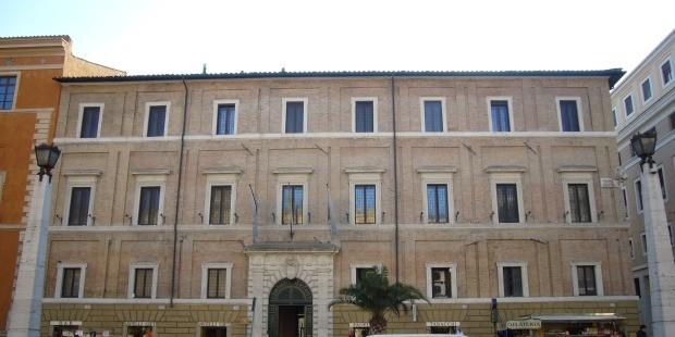 Apre al pubblico palazzo Cesi Armellini