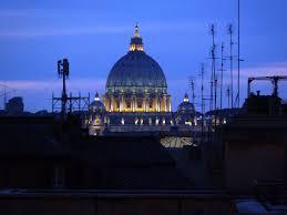 Giubileo, la Capitale avvia il lifting: via le antenne dai tetti e facciate pulite. Campidoglio: