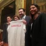 """Salvini: """"Andrò a Garbatella"""", è polemica. Nella Lega arriva la Saltamartini con 8 consigl..."""