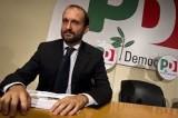 """Dimissoni Marino, Pd Roma spaccato sulla sfiducia lancia un appello al premier: """"Renzi ci dia la linea"""""""