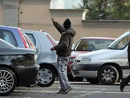 Centro: due arresti e una denuncia, contravvenzioni ai parcheggiatori abusivi