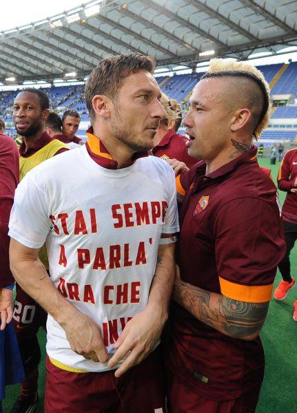 Derby Lazio-Roma: tutti gli sfottò per Lotito