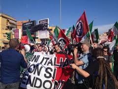 Incidente Roma, tensione al presidio di Casapound: ritrovate mazze di legno, antagonisti caricati
