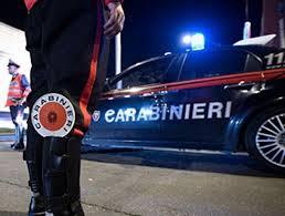 Rivolta dei pusher nel quartiere della movida: aggrediti i carabinieri