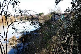 Aniene, mistero della gamba mozzata ritrovata nel fiume