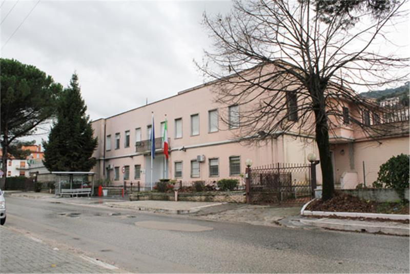 Cassino, agente ferito in carcere durante una lite tra detenuti
