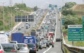 Gra, da domani a giovedì chiuso lo svincolo per Roma sud. Casse d'acqua sull'Appia, traffico rallent...