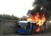 Rieti, bus Cotral in fiamme: paura tra i passeggeri