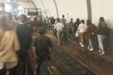 Trasporti, disagi sulla Roma nord: corse soppresse e utenti sui binari nel giorno dell'evasione zero di Atac