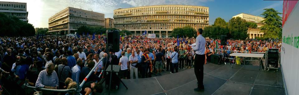 Mafia, al via il sit-in: piazza Don Bosco blindata. Marino: