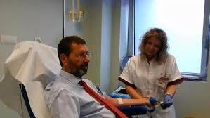 Donazione di sangue, Storace attacca ancora: