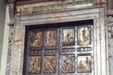 """Giubileo, Fisichella: """"Da novembre prenotazioni per la Porta Santa"""""""