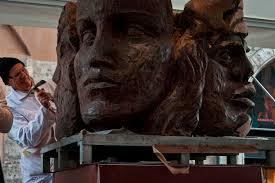 Rainbow Magicland: arrivano le statue di cioccolato