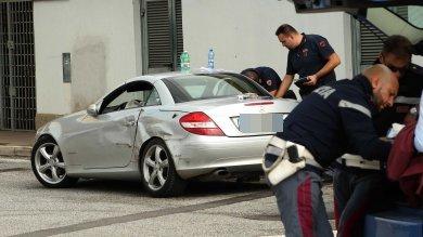 Inseguimento da film sul Gra: un'auto si ribalta, due i fermati