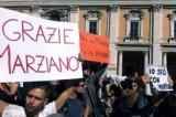 """Dimissioni Marino, il popolo di Ignazio: """"Siamo con te, mai più con il Pd"""""""