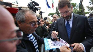Marino in Campidoglio per le ultime pratiche: