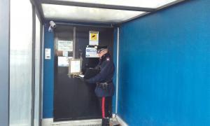 Frattocchie, si prostituivano in un locale per scambisti: arrestato il gestore
