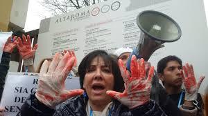 AltaRoma, tra Garden party e la protesta degli animalisti