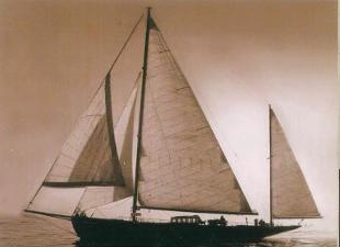 Fiumicino, sequestro di beni a un imprenditore accusato di evasione fiscale: c'è anche la barca di M...