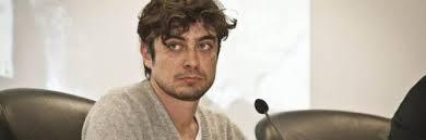Malore per Scamarcio: per l'attore visita in ospedale a Frosinone