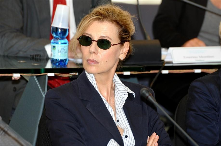 Fiumicino, Daniela Poggi si dimette da assessore e torna a fare l'attrice