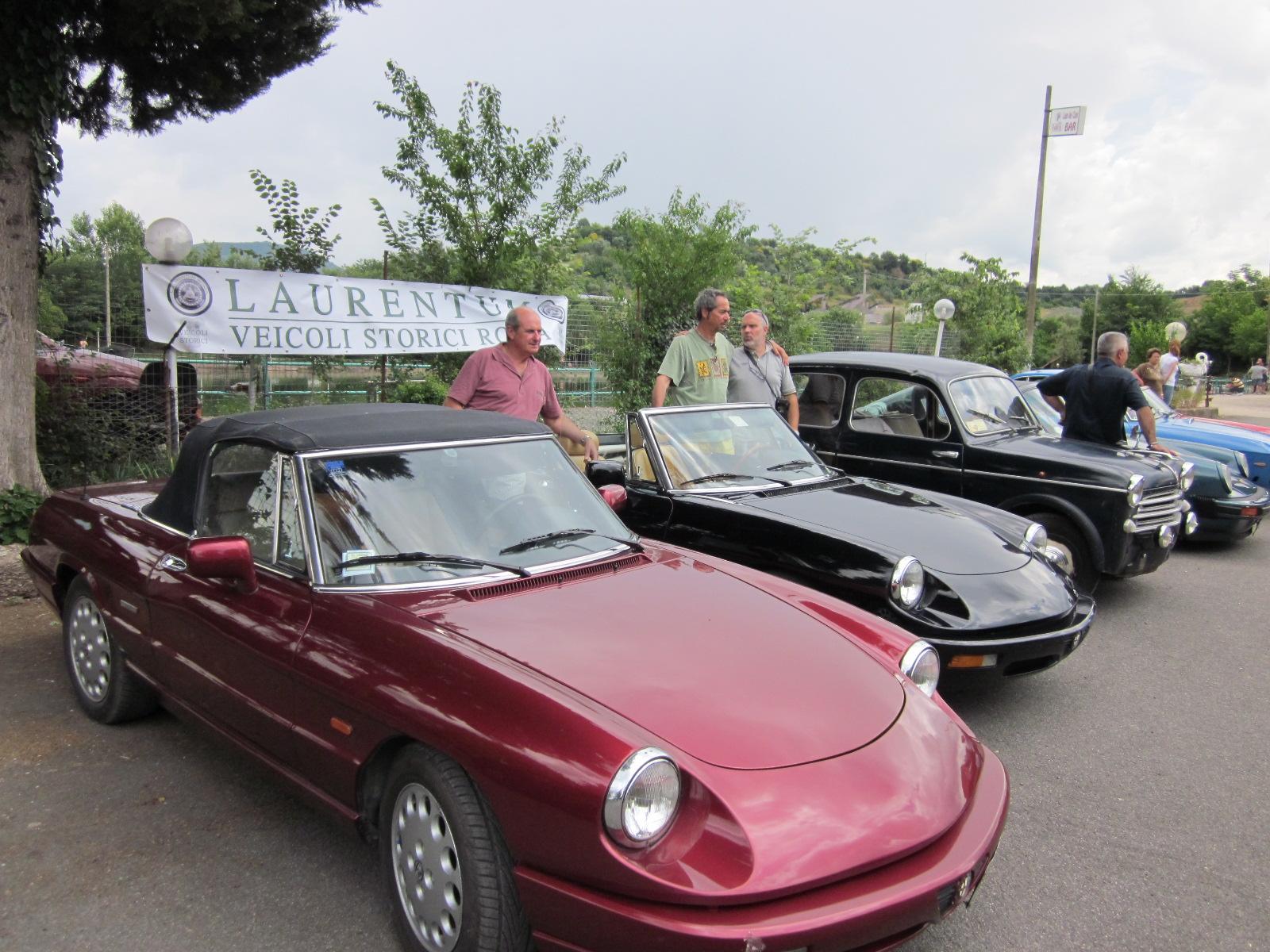 Monte Compatri, un allegro giretto a bordo delle auto d'epoca