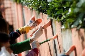 Scuole pulite, nel Lazio 15mila studenti al lavoro
