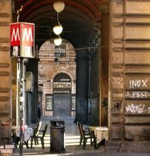Piazza Vittorio, bloccati borseggiatori minorenni in azione nella metro
