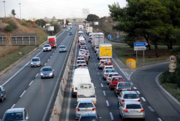 Incubo Colombo e Pontina, macigni piazzati sulla strada: quinto incidente