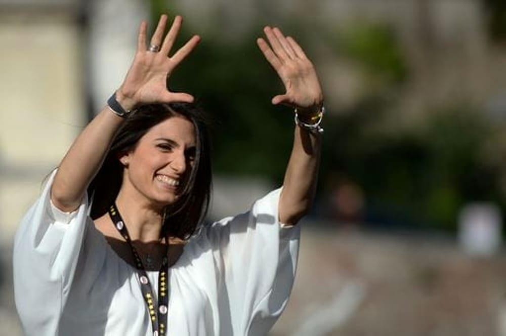 Il M5S conquista Roma: la Raggi eletta sindaco con il 67%