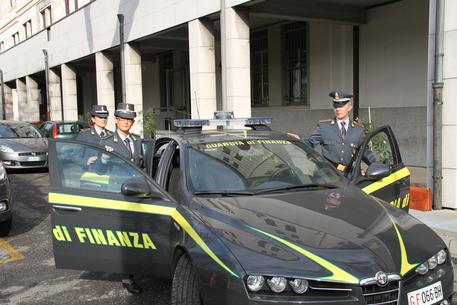 Blitz della Guardia di Finanza negli uffici del dopolavoro Atac