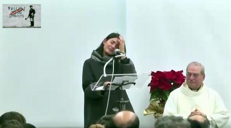 Le lacrime di Virginia alla messa di Natale e i 6 mesi di passione del Comune di Roma